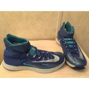 Nike Zoom HyperRev Lightweight Shoes size 11